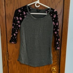 **3/12.00 *3/4 sleeve top